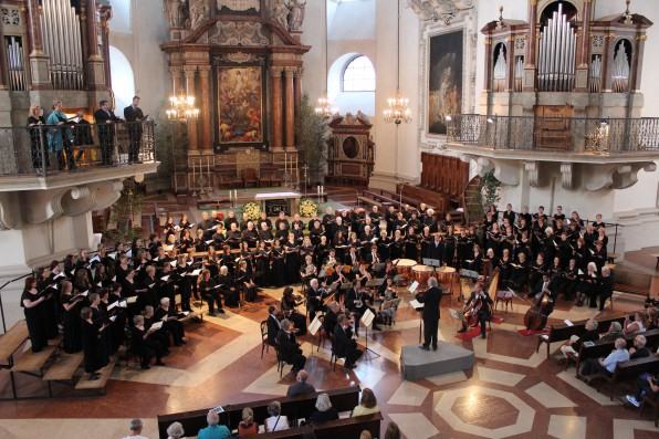 János Czifra and the Mozart Festival Chorus_03